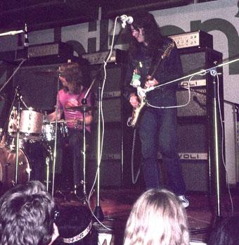 Les fans,le public de Rory  - Page 4 Bilzen1971_Rory_Gallagher